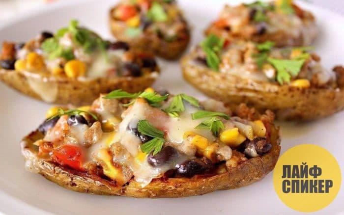 Картофель с грибами и беконом