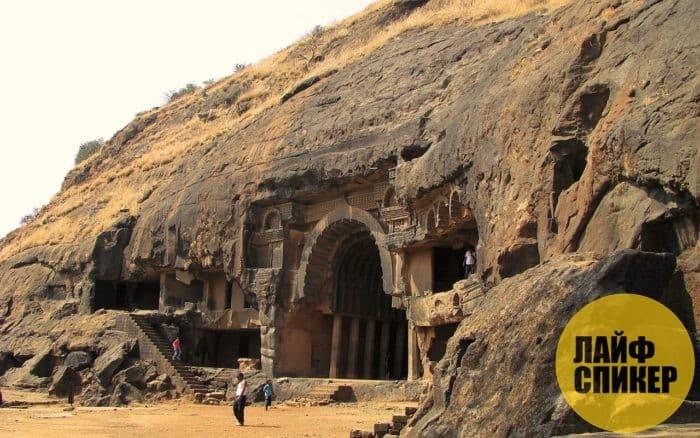 Пещеры Барабар (Индия)