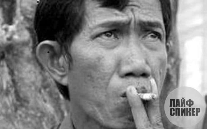 Ахмад Сураджи. Индонезия