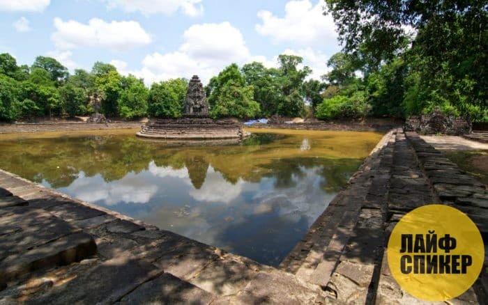 Водохранилище Барай (Камбоджа)