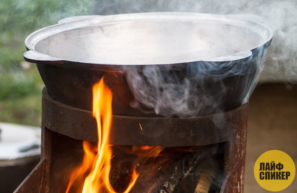 Рецепт плова со свининой на костре