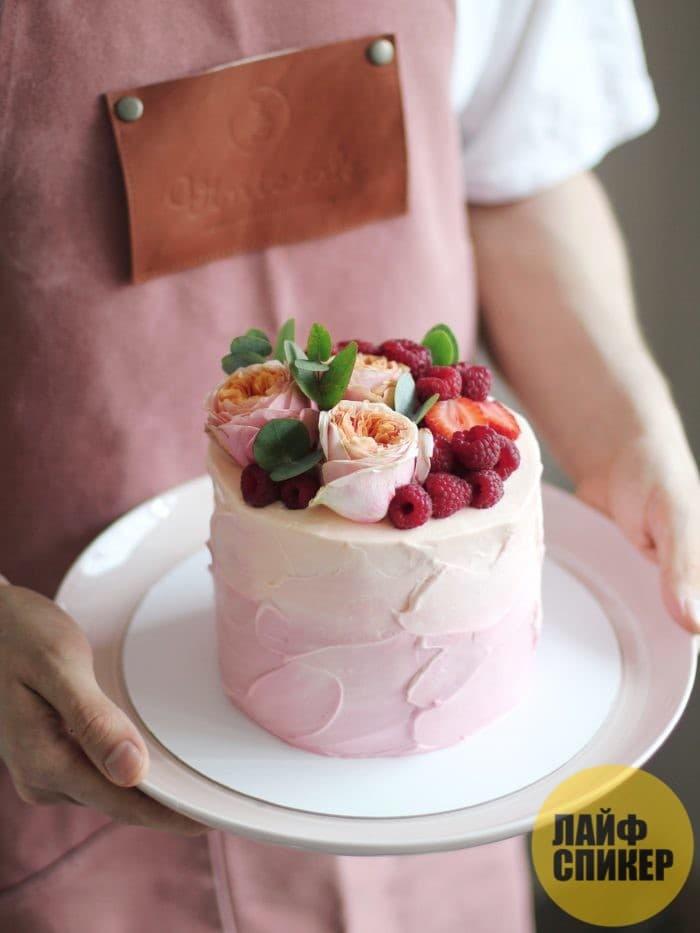 Где найти вкусный торт на заказ в Москве?