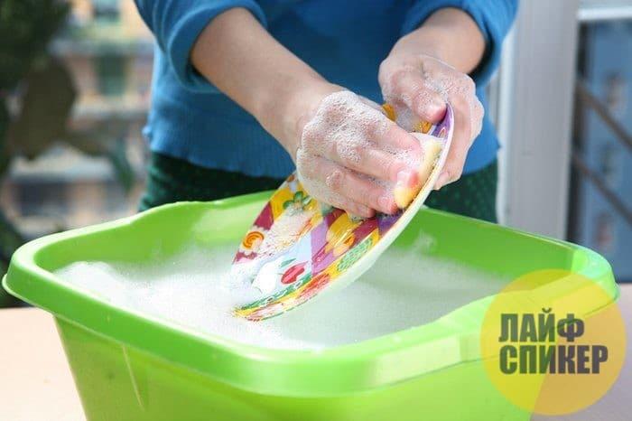 Топ-7 лайфхаков, как быстро и просто вымыть посуду