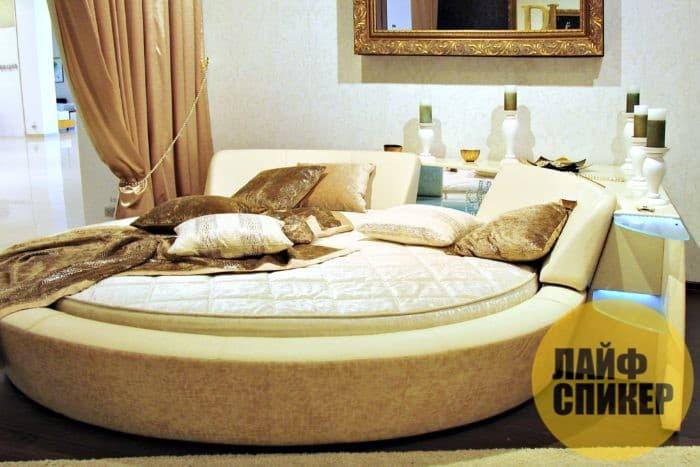 Как использовать круглую кровать в интерьере, и стоит ли – рассказывает Мобиликаза