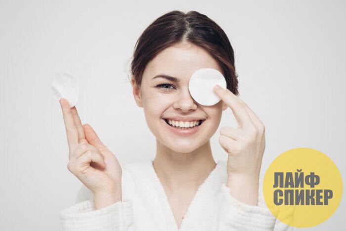 Секреты и правила при снятии макияжа